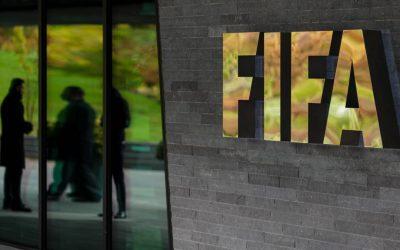 Los futbolistas podrán abandonar su club si no les pagan o les tratan mal
