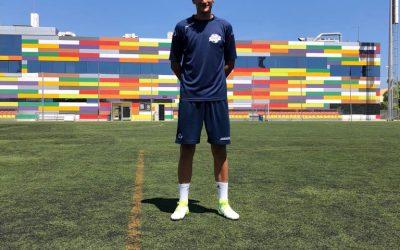 El portero Alexandru Petronel con 195 cm Firma con Manager Deportivo