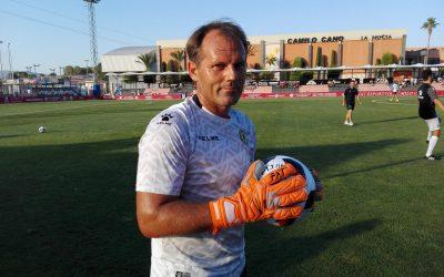 Manager Deportivo llegan a un Acuerdo con la Marca de Guantes de Portero FAT