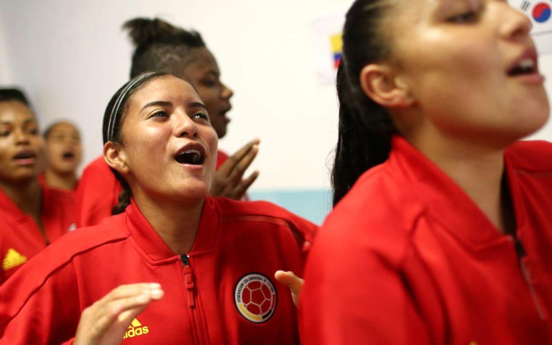 La mundialista U17 Colombiana Laura Orozco firma con Manager Deportivo.